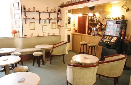 Beauchief bar