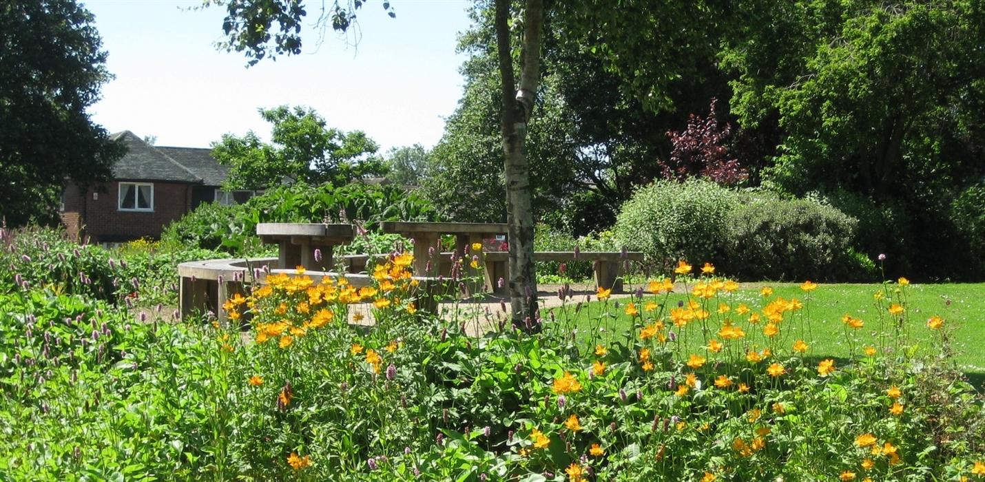 Jean Stansfield Memorial Park (Vicarage Park)