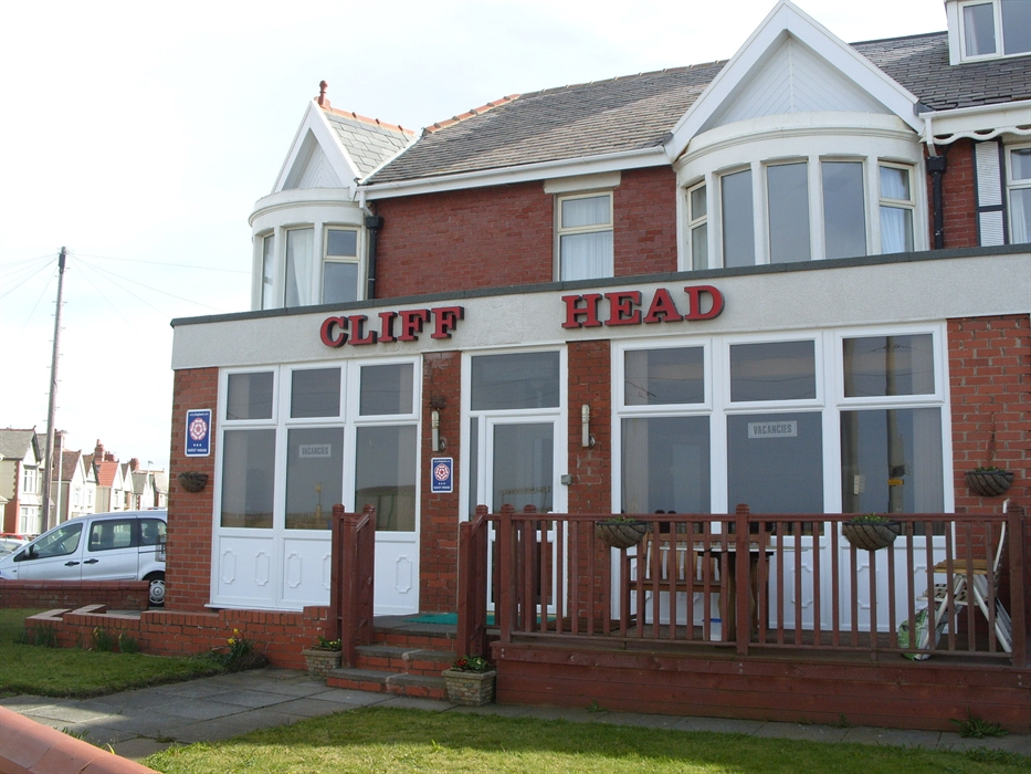 Blackpool Guest House Accommodation-Cliff Head