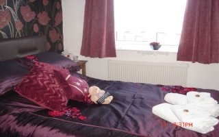 Blackpool Guest House Accommodation-Lyndene Guest