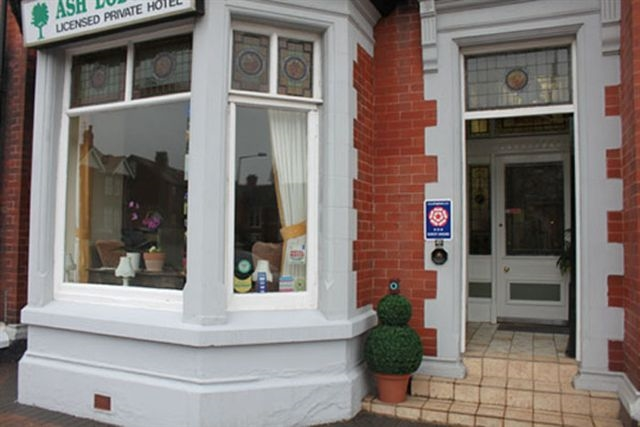 Blackpool Guest House Accommodation - Ash Lodge