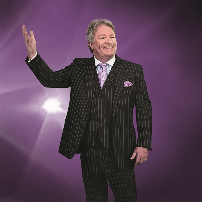 Jim Davidson – On The Road Again