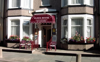 Blackpool Self Catering - Vance House
