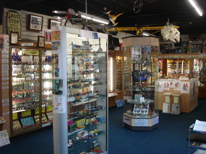 Brooks Collectables and Museum