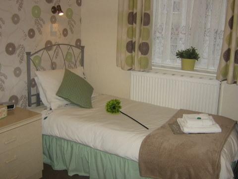 Blackpool Guest House - Ellan Vanin
