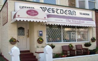 Blackpool Guest Accommodation - Westdean